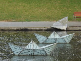 Big Paper Boats | Used and adapted at www.pxleyes.com ...